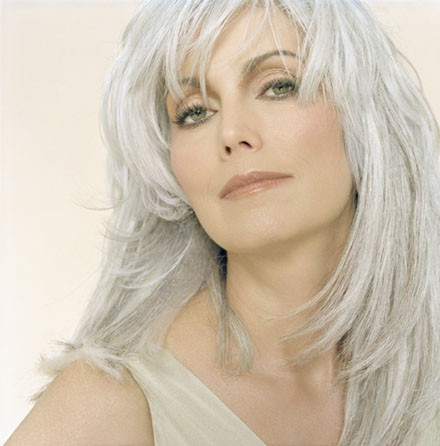 Hair Cuts: Hair Styles For Older Omen With Gray Hair