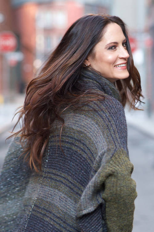 Long hairstyle-Highlighted brown hair